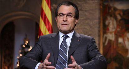 El presidente de la Generalitat, Artur Mas, en un momento de la grabación del discurso de Fin de Año.