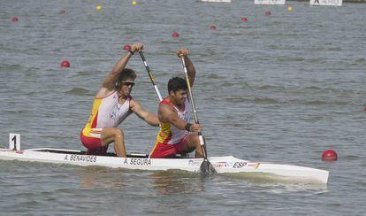 Sete Benavides (I) y Toni Segura, en la final del C2-500 donde han conseguido el bronce.