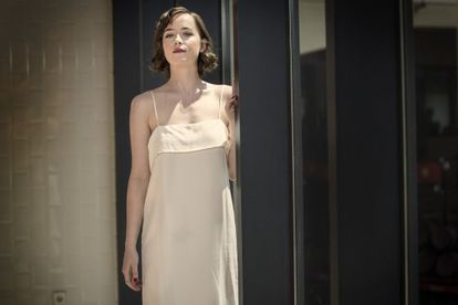 Dakota Johnson, fotografiada en la sede de Estrella Damm de Barcelona.