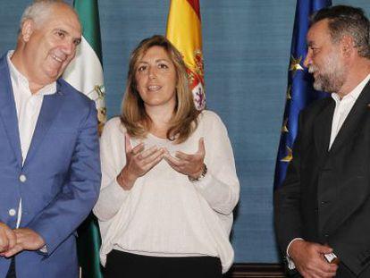Susana Díaz, con Carbonero (CC OO) y Fernández Sevilla.