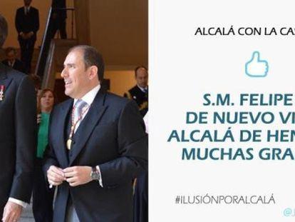 Mensaje que el PP de Alcalá de Henares colgó en Twitter con la imagen de Felipe VI y Javier Bello.