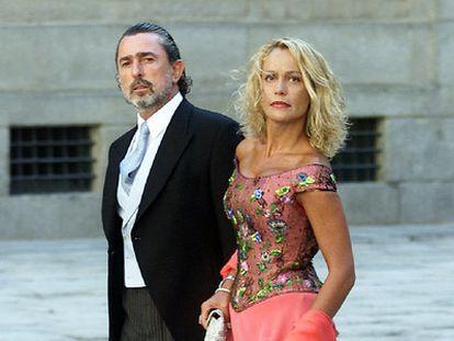 Correa y su mujer, en la boda de Alejandro Agag y Ana Aznar.