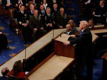 Con una hora y 20 minutos, el discurso sobre el Estado de la Unión de Trump es el tercero más largo después de los que pronunció Bill Clinton en 2000 y 1995