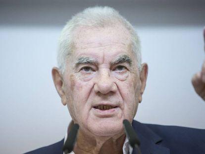 Ernest Maragall en la sede de ERC. En vídeo, Barcelona en Comú propone a Ada Colau como alcaldesa.