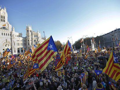 Aspecto de la manifestación independentista, a la altura de la Plaza de Cibeles, en Madrid, el 16 de marzo de 2019.