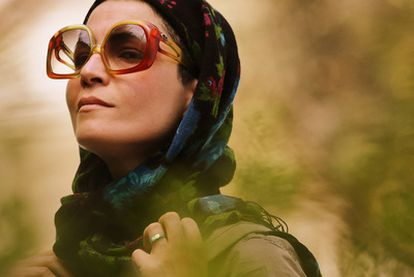 La actriz iraní Marzieh Vafamehr, en una escena de la película <i>Mi Teherán en venta.</i> Sentenciada a 90 latigazos, un tribunal de apelación ha revocado el bárbaro castigo.
