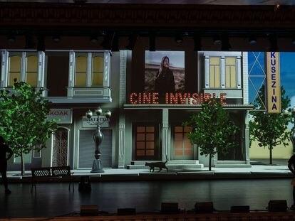 Escenario del Auditorio de Azkuna Zentroa, lugar de la gala de clausura de la 13ª edición del Festival de Cine Invisible.