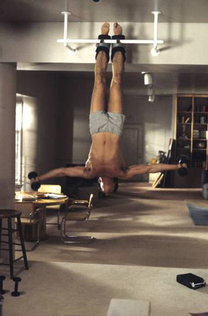 Richard Gere punishing his body in one of the scenes of the film.