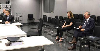Roberto López Abad y María Dolores Amorós, en la Audiencia Nacional.