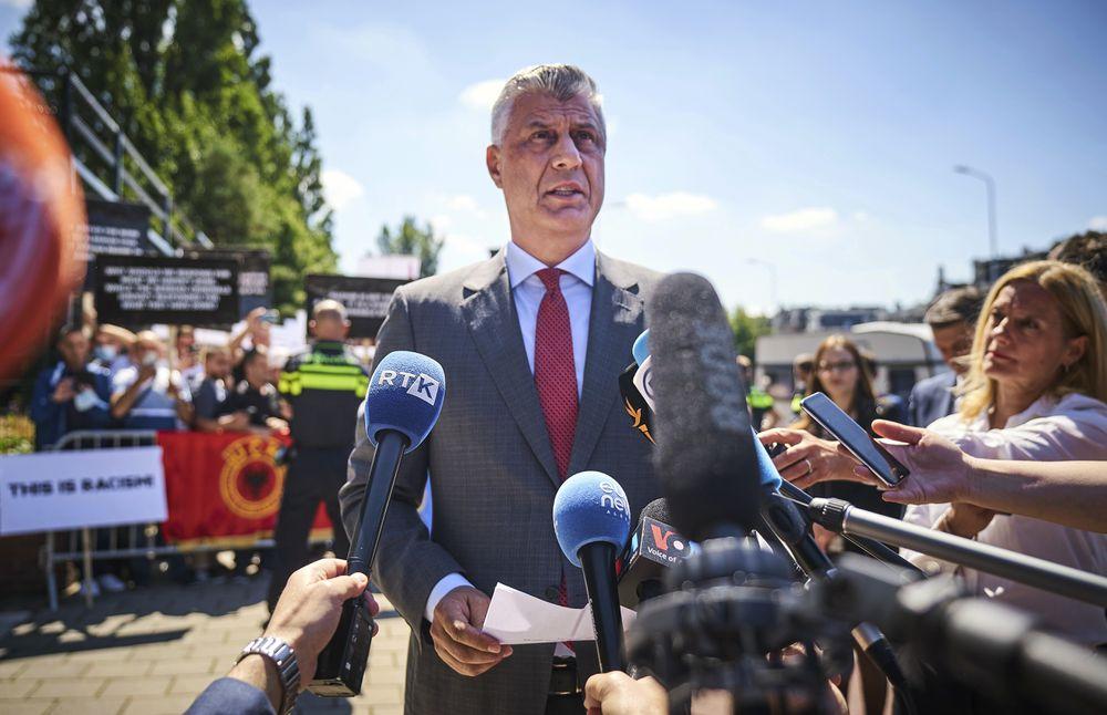 El presidente kosovar se defiende ante la fiscalía de La Haya de la acusación de crímenes de guerra
