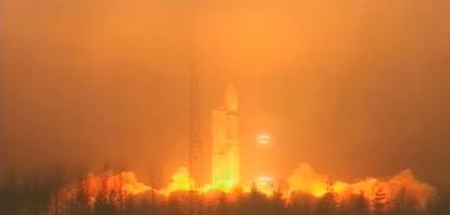 Lanzamiento del cohete Rockot con los tres satélites Swarm.