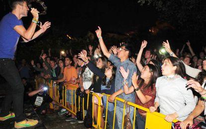 Público en el concierto de Vetusta Morla en Bueu, Pontevedra.