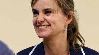 Jo Cox fue directiva de la ONG Oxfam y trabajó como asesora en causas filantrópicas como la fundación Bill y Melinda Gates