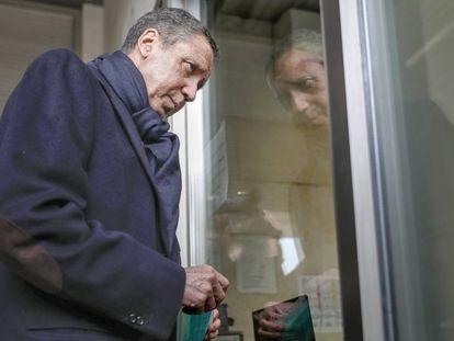 El expresidente de la Generalitat, Eduardo Zaplana, en un juzgado de Valencia en una imagen de archivo.