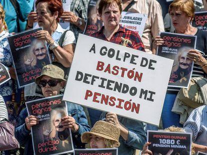 Una manifestación en mayo en Bilbao por la subida de las pensiones