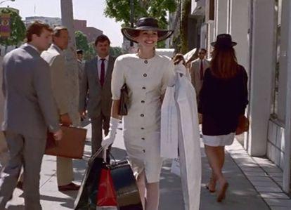 Julia Roberts se lanzaba a la calle para hacer compras en 'Pretty Woman' (1990). Hoy gran parte de nuestras adquisiciones las hacemos a través de Internet en fechas como el Black Friday.