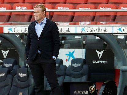 Koeman, durante el encuentro ante el Real Madrid.
