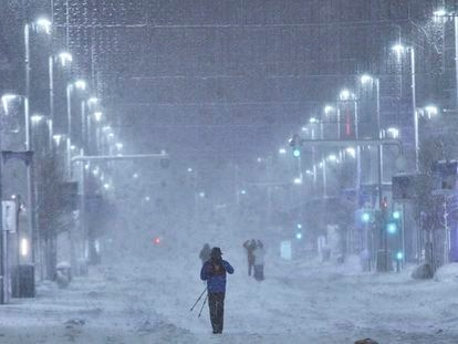 La Gran Vía de Madrid cubierta de nieve tras el paso de la borrasca 'Filomena', el 9 de enero.