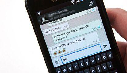 Nuevos colores en los símbolos de mensajes de WhatsApp.