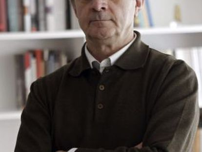 El director del Museo Arqueológico Nacional, Andrés Carretero, en su despacho.