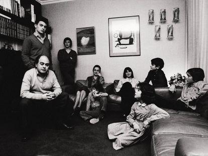 Jordi Pujol y su familia en una imagen de los años 80.