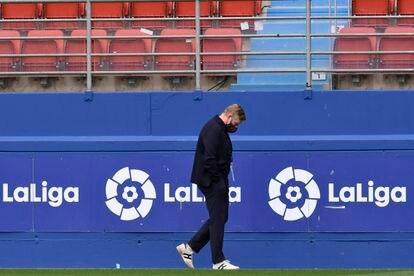 Ronald Koeman, en el estadio del Eibar.