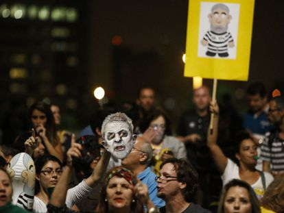 Protesta contra el Gobierno de Brasil.