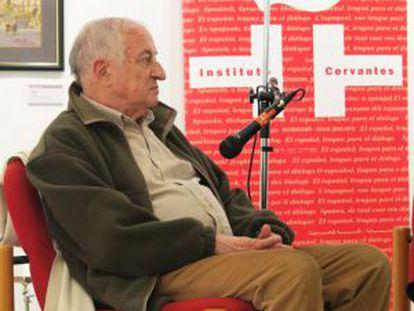 Juan Goytisolo, en el Instituto Cervantes de Tánger, el pasado lunes.