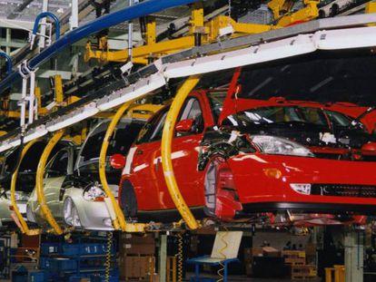 Línea de producción de Ford en Almussafes.