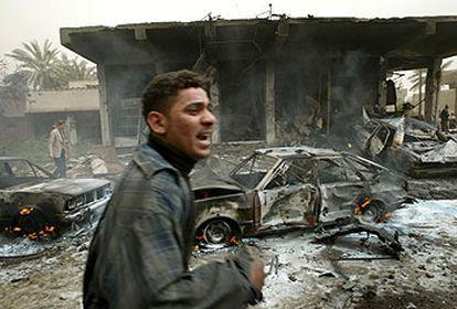 Imagen de Bagdad tras el bombardeo de un mercado de la capital iraquí el pasado 26 de marzo.