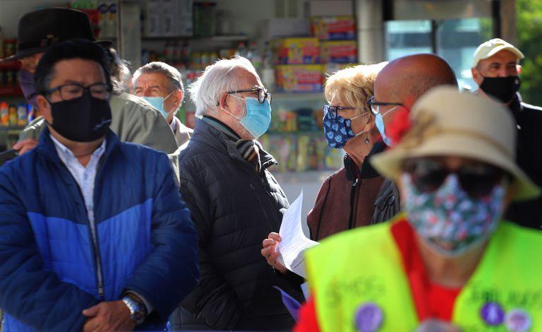 Manifestación de jubilados por la sanidad y las pensiones, en Tarrasa.