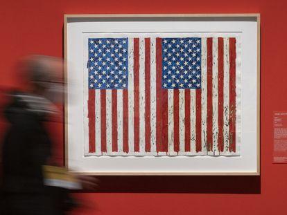 'Banderas I', serigrafía de Jaspers Johns realizada en 1973 que puede verse en la exposición de CaixaForum de Barcelona.