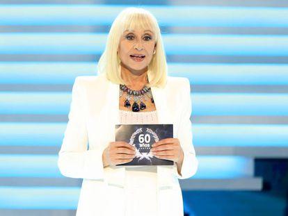 '60 años juntos', música y humor pero poca emoción