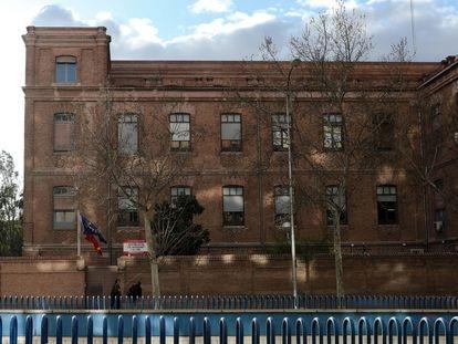 Fachada de la residencia de ancianos La Paz de Madrid, donde se confirmaron esta semana contagios de coronavirus en residentes y personal sanitario.