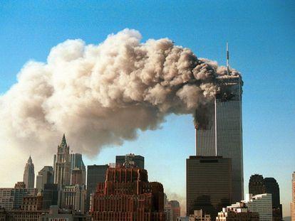 """""""¡La otra Torre Ricardo, la otra torre! ¡Es otro avión!"""", exclamaba Matías Prats ante la imagen en directo de la Torres Gemelas envueltas en una densa humareda el 11 de septiembre de 2001."""
