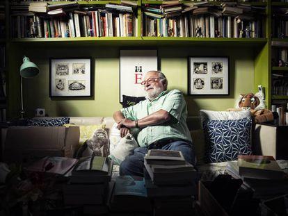 Fernando Savater, en su casa en Madrid el pasado viernes.