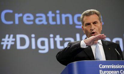 El comisario europeo de Sociedad Digital, Guenther Oettinger