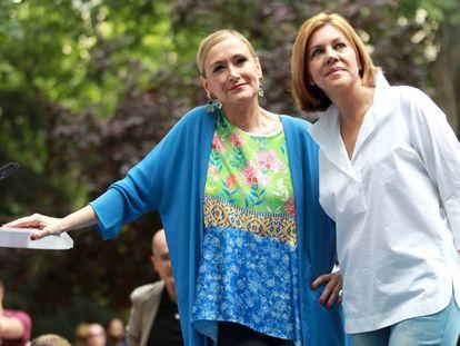 Cristina Cifuentes y María Dolores de Cospedal, en el acto de ayer.