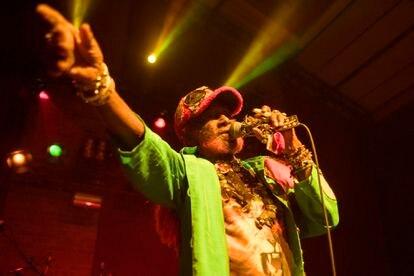 Lee 'Scratch' Perry, en un concierto en Londres en marzo de 2017.