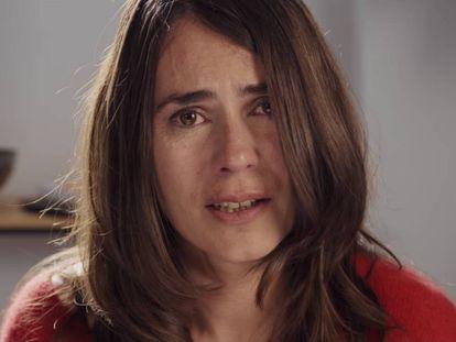 La actriz Anna Allen, durante la secuencia de su monólogo en uno de los episodios de la tercera temporada de 'Paquita Salas'.