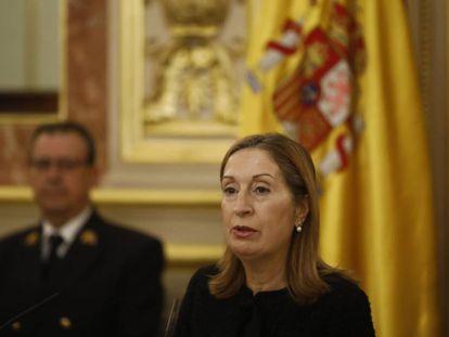 Ana Pastor, durante el acto de homenaje a Pérez-Llorca en el Congreso.