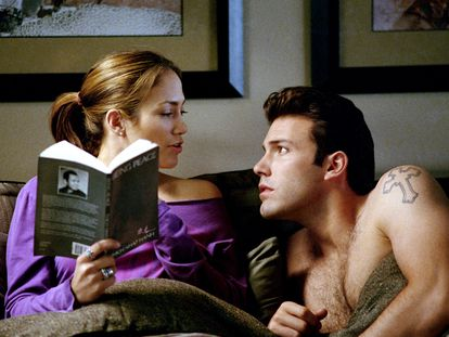 Jennifer Lopez y Ben Affleck, en una escena de la película 'Gigli (Una relación peligrosa)', de 2003.