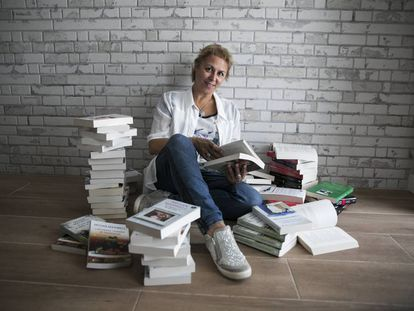 La escritora Megan Maxwell, en su casa de Boadilla del Monte.