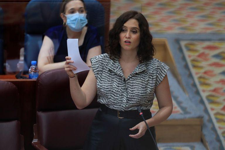 La presidenta de la Comunidad de Madrid, Isabel Díaz Ayuso, durante el pleno de la Asamblea de Madrid este jueves.