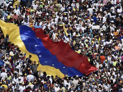 Manifestación de este sábado en apoyo a Juan Guaidó.