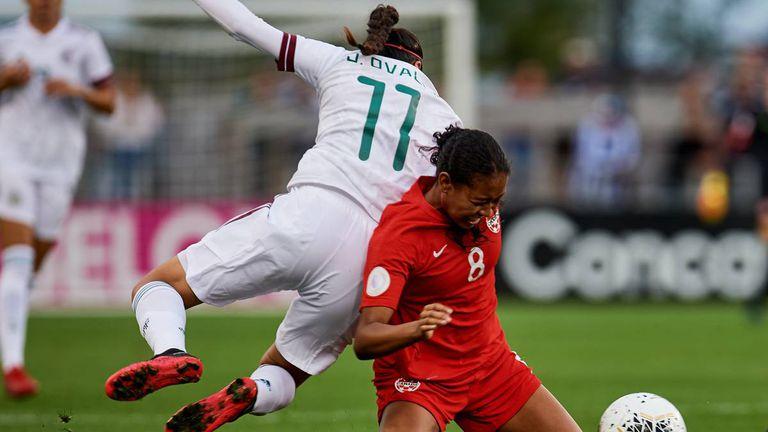 Un partido de fútbol femenino entre Canadá y México, en febrero de este año.