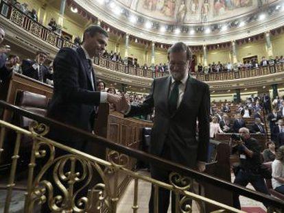 El líder socialista toma posesión este sábado ante el Rey y procede a nombrar el nuevo Gobierno