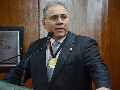 Marcelo Queiroga fue nombrado por el presidente Jair Bolsonaro para asumir el cargo de ministro de Salud de Brasil.