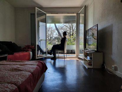 H., en una imagen cedida por ella misma y tomada en Francia, donde vive desde hace unos meses.