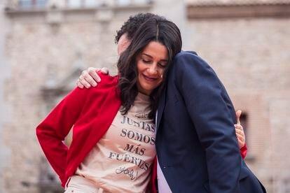 Inés Arrimadas y Edmundo Bal, durante al acto de cierre de campaña.